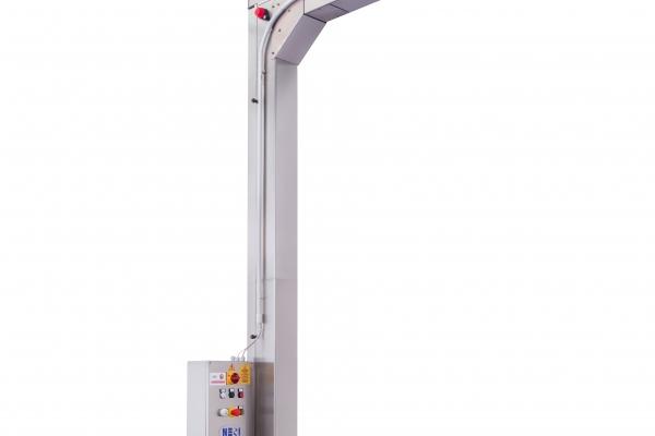 img-2426-a-elevatore-verticaleDAC5CF3D-B5C9-B49B-8943-B404D70C7D41.jpg